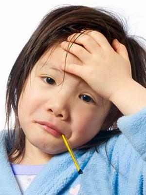 Tips Menghadapi Demam Pada Anak 1