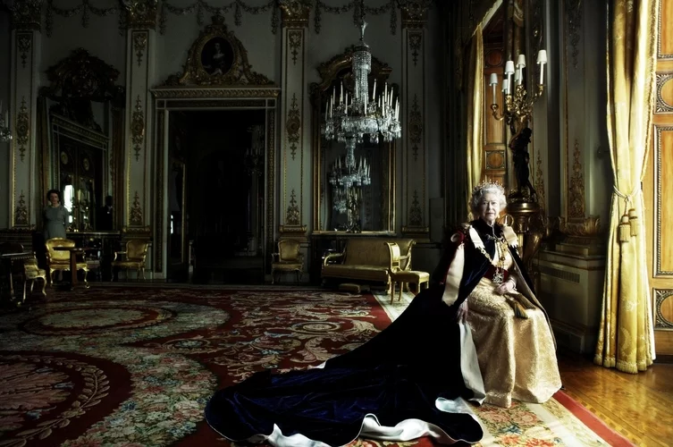 Annie Leibovitz (b. 1949) - HM Queen Elizabeth II (b. 1926) wearing Garter Robes, Buckingham Palace, 28 March 2007