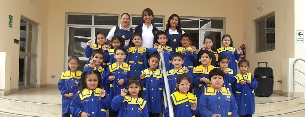 ESTUDIANTES DE INICIAL RECIBEN SU PRIMER ENGLISH MERIT