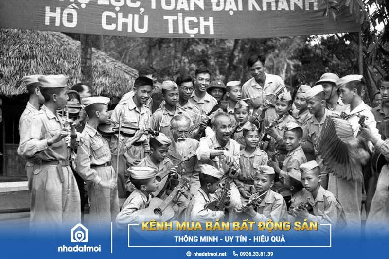 Đội Thiếu niên Tiền phong Hồ Chí Minh thành lập ngày 15/5/1941