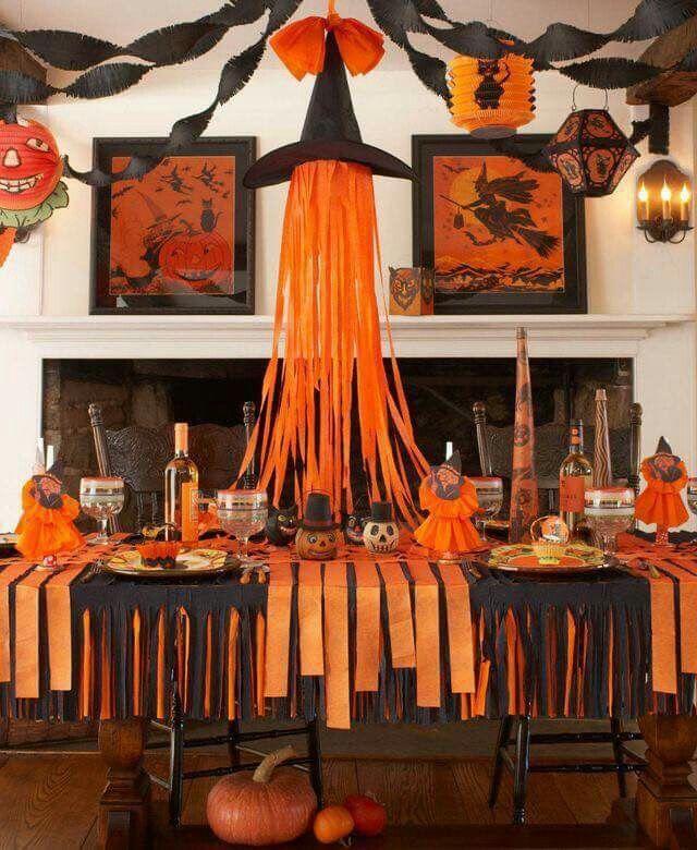 Halloween Dining Room Decoration Ideas