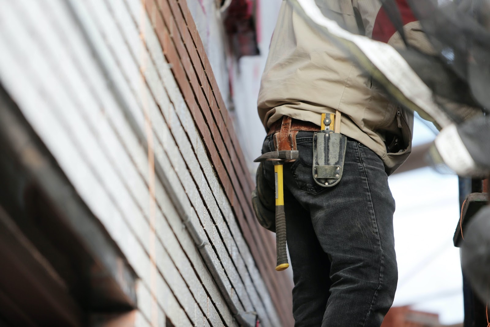 handy man vs contractor