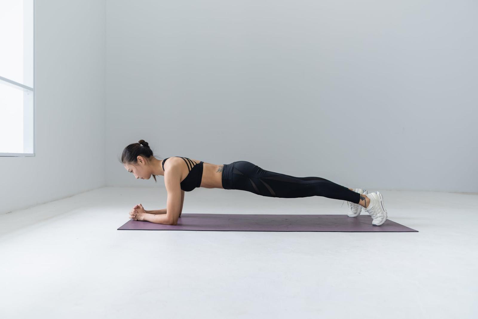 Treino musculação feminino semanal