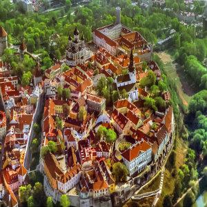 Aug15_Tallinn_1149_300sq.jpg