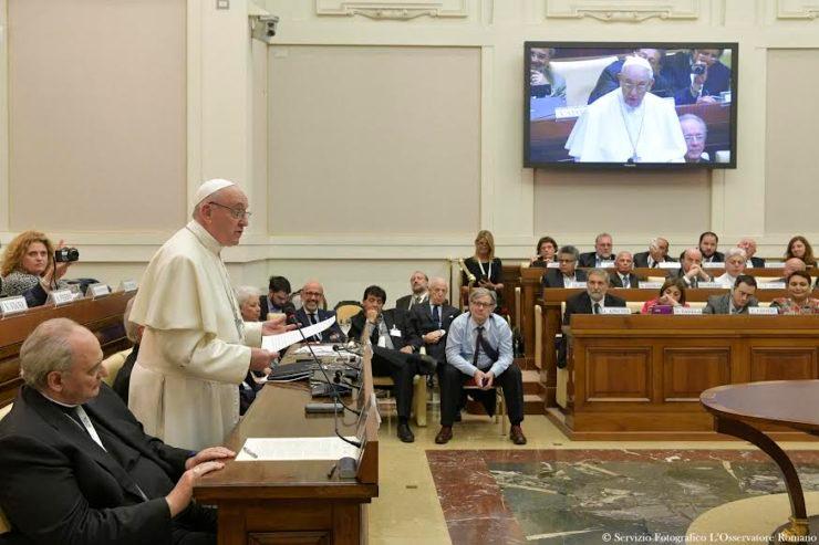 Diễn từ của Đức Thánh Cha tại Hội Nghị Vatican về 'Nhân quyền về nước'