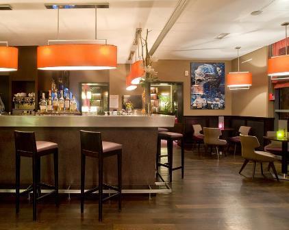 C:\Users\BB\Desktop\BB FOTOS\HOTELLIT\PARIISI\Radisson Blu Paris Boulogne\Radisson-blu-restaurant1.jpg