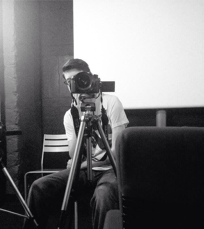 Maxime Solito sur le tournage des Cinéphiles