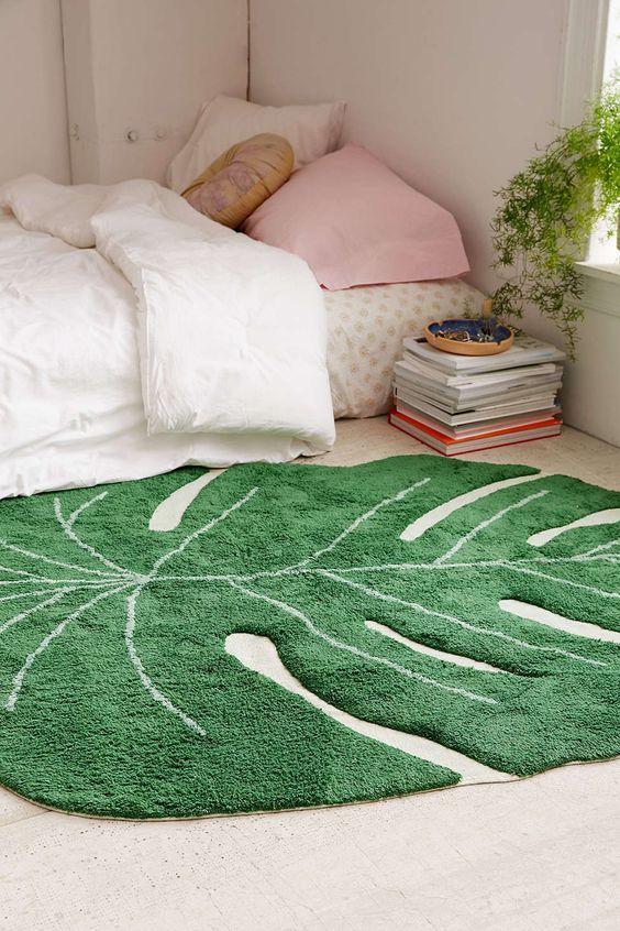 Timeless Tropical Leaf Rug Ideas