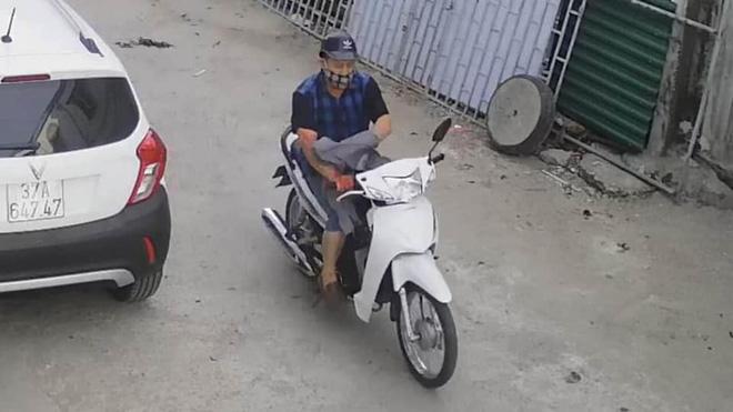 Truy bắt kẻ chặn đường giết người phụ nữ đi chợ ở Nghệ An - Ảnh 2