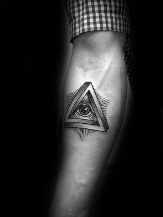 ลายสักสามเหลี่ยมผู้ชาย 07