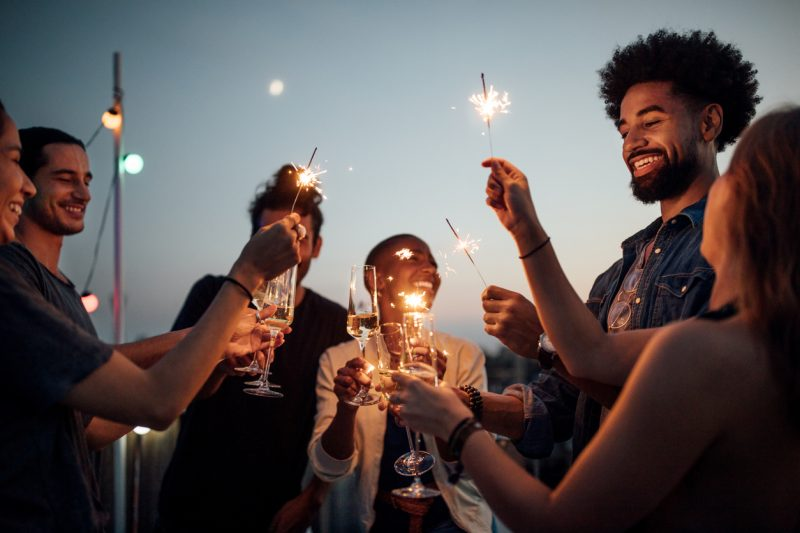 حفلة مفرقعات نارية، أفكار حفلات عيد ميلاد