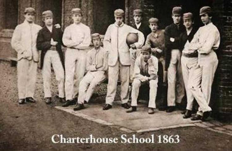 Описание: Описание: футбольная форма XIX века