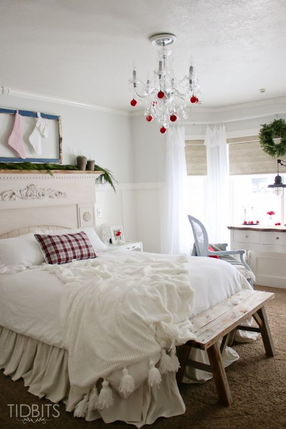 Add Ornaments To Your Chandelier