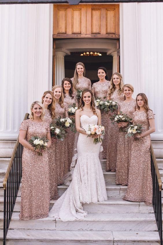 Tendencias de peinados para bodas 2020: damas de honor