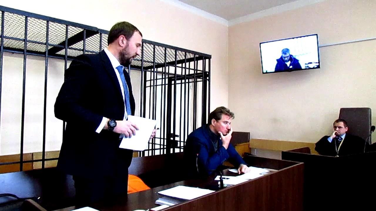 Кирило Легких (зліва) захищає екс-«есбеушника» Олександра Щеголєва