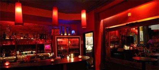 https://media-cdn.tripadvisor.com/media/photo-s/03/bc/da/16/mercury-lounge.jpg