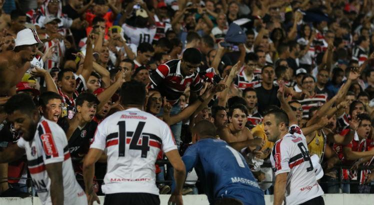 Resultado de imagem para pipico comemorando gols na copa do brasil