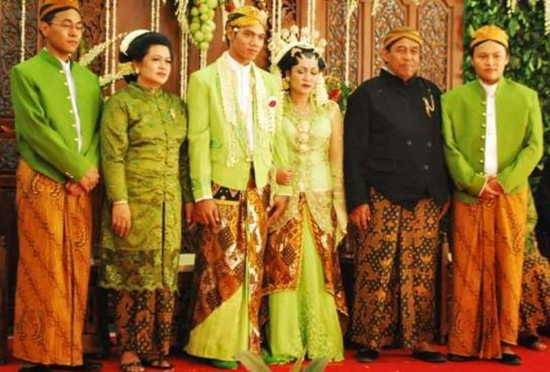 Indonesian Culture Clothing