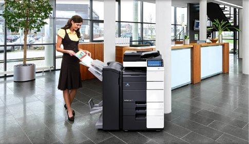 Kiểm tra kỹ lưỡng trước khi nhận máy in