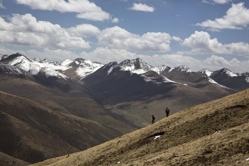 Vùng núi cao Tây Tạng - nơi xuất hiện đông trùng hạ thảo Tây Tạng