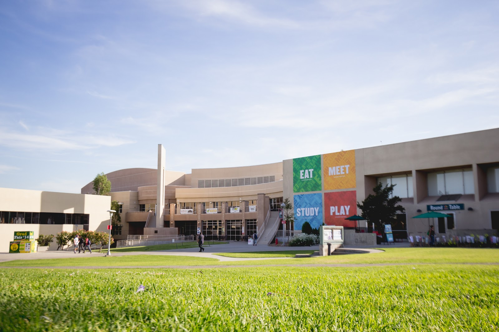 Photo of the Bronco Student Center.