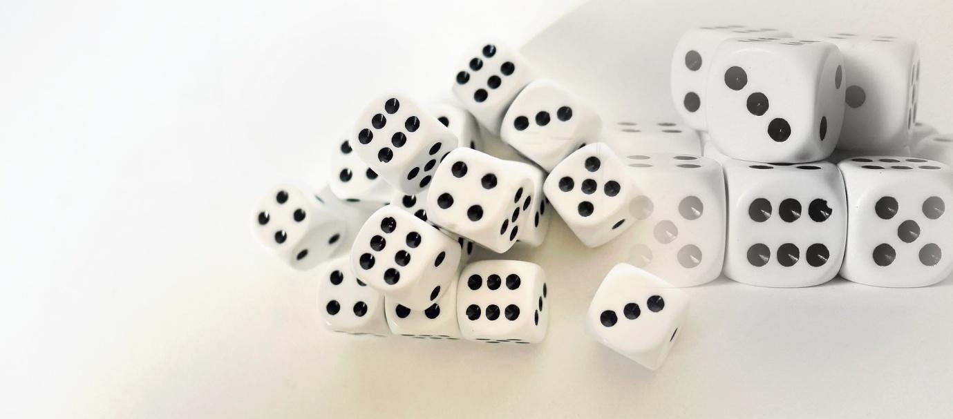 gambling-3303942_1920.jpg