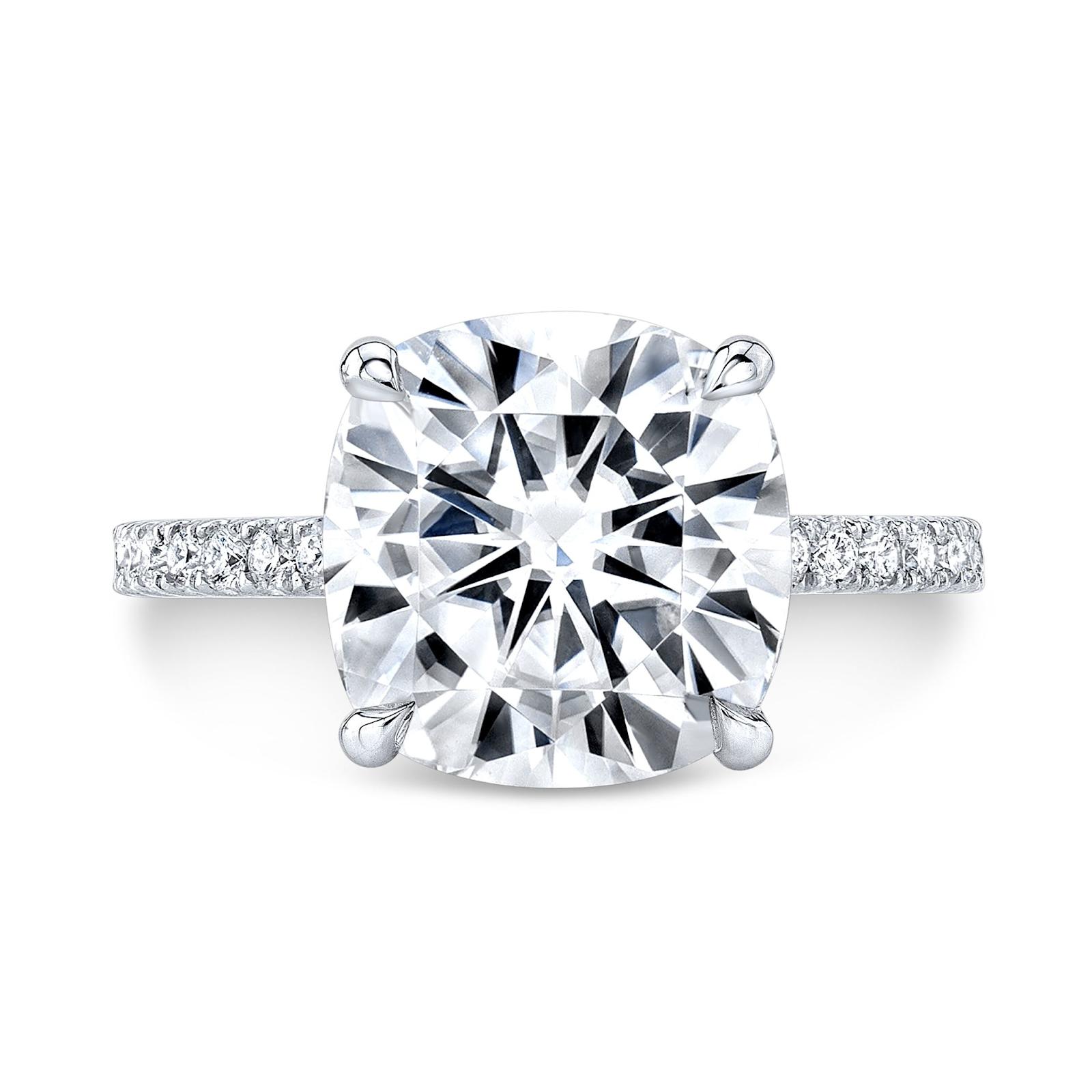 How to Buy Diamonds Like an Expert