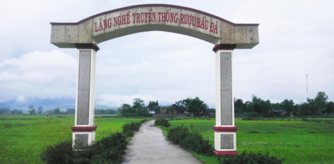 Tại sao rượu bầu đá Bình Định nức tiếng một vùng