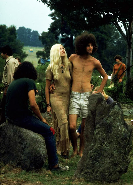 Photos of Life at Woodstock 1969 (10)