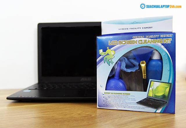 ve-sinh-ban-phim-laptop