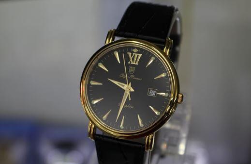 Bạn biết gì về đồng hồ Sapphire chính hãng?