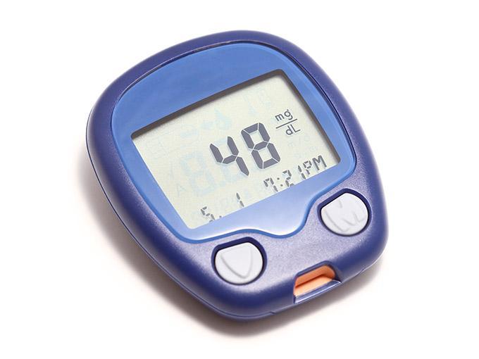 Blutzuckermessgerät: Niedrigen Blutzucker können Sie im Alltag mit einem speziellen Messgerät erfassen