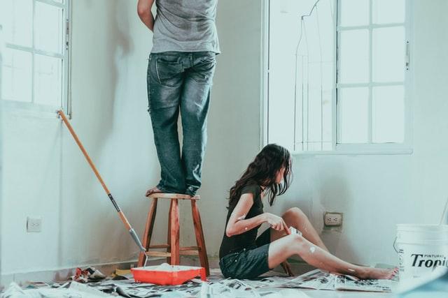 7 Easy DIY Home Improvement Tutorials Everyone Can Do
