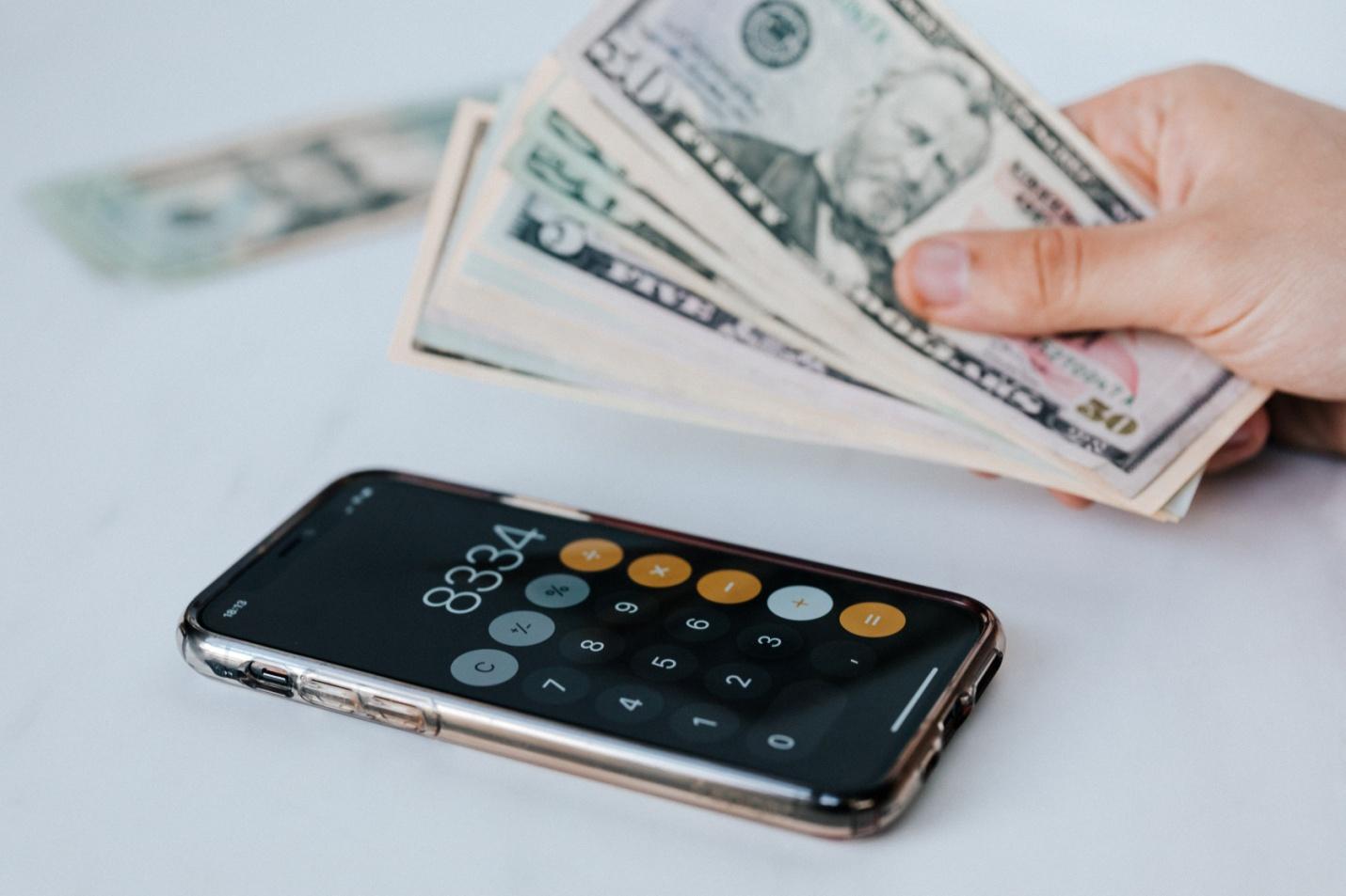 Kiếm đủ tiền để nghỉ hưu sớm ở tuổi 38, triệu phú Mỹ: Hiểu bản thân, biết thời thế và quan trọng là đầu tư thông minh thì mới giàu - Ảnh 2.