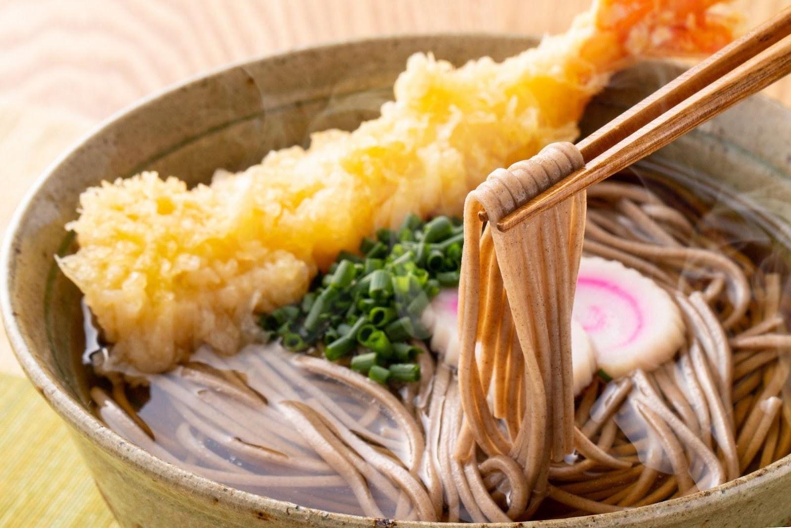 5. Makanan Unik Tahun Baru - Mie Soba, Jepang