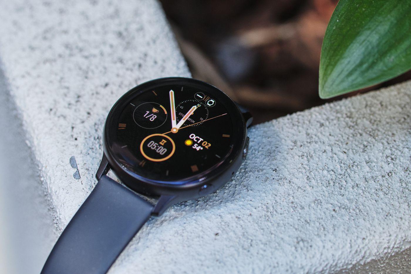Loạt smartwatch về giá tốt, đáng chú ý tại Việt Nam - Ảnh 4.