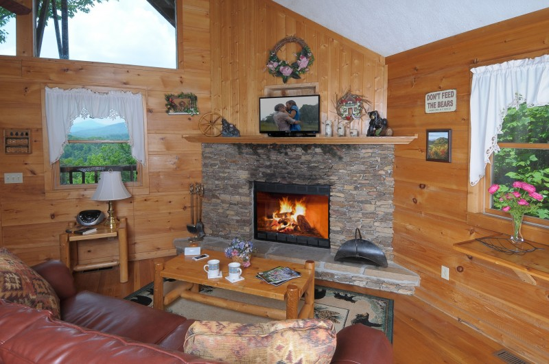 Tina Maries cabin - Diamond Mountain Rentals