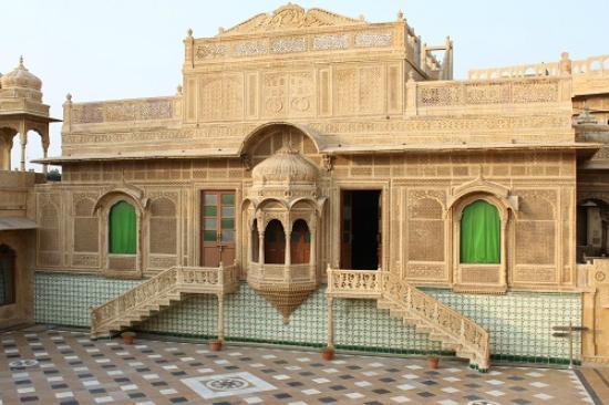 1) WelcomHeritage Mandir Palace.jpg