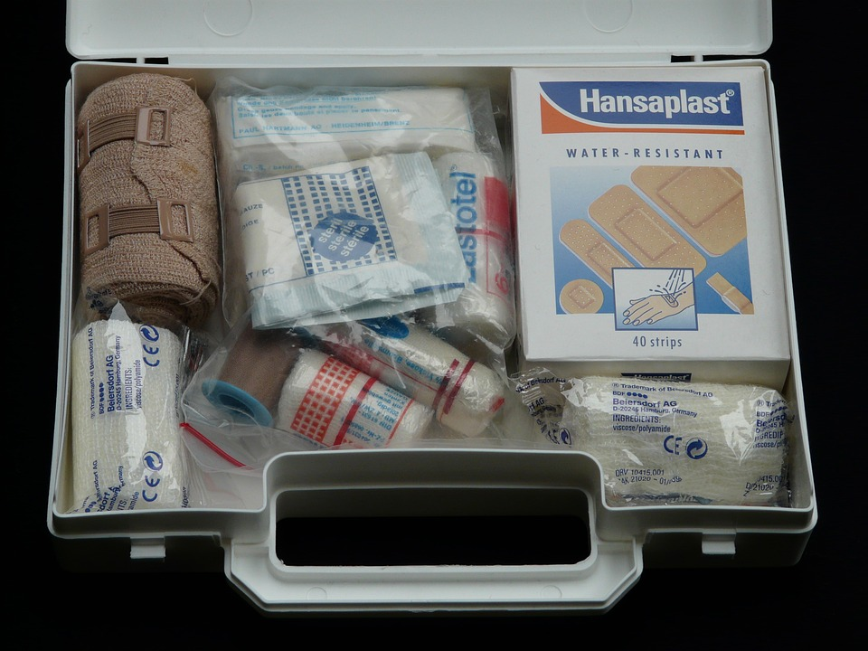 Creating The Ultimate Emergency Kit For Your Car