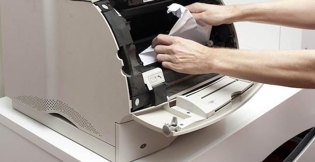 Lỗi kẹt giấy là một trong những lỗi thường gặp của máy photocopy RICOH
