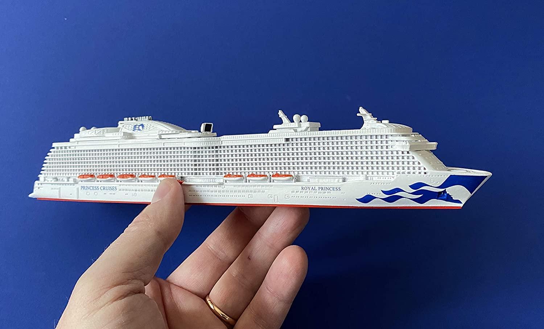 Amazon.com: Royal Princess Cruise Ship Model in Scale 1:1250, Souvenir  Series: Toys & Games