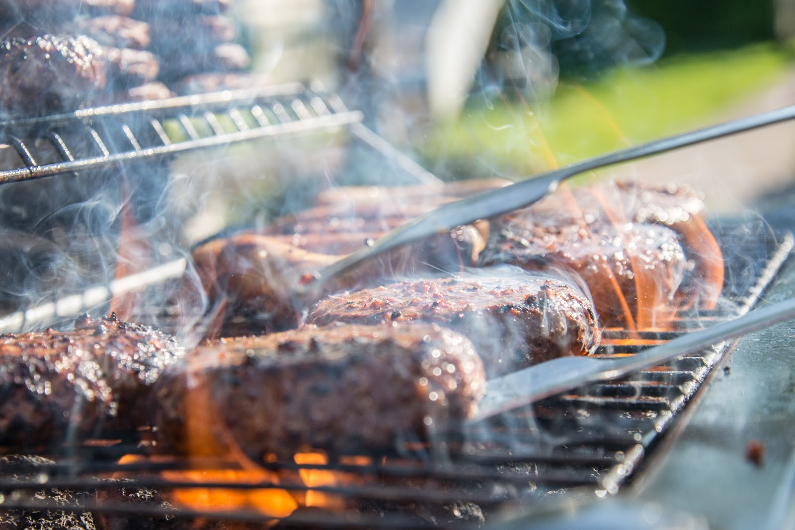 Three Pro BBQ Tips to Help You Achieve Restaurant Results in Your Yard 4