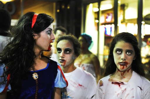 ZOMBIES TAKE OVER LINCOLN ROAD, BEAUTIFUL PEOPLE VEXED