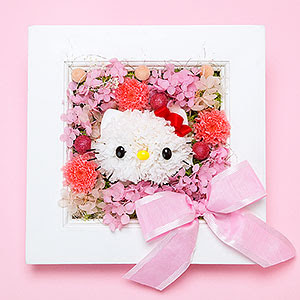 Hello Kitty hecha con flores