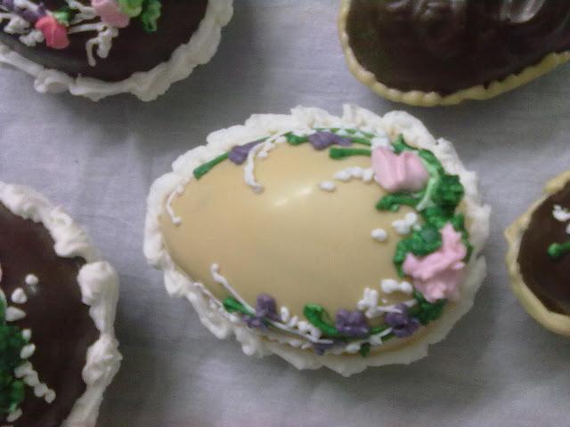 صور شكولاتة على شكل بيض رائعة huevos de chocolate para estas pascuas 190320111289