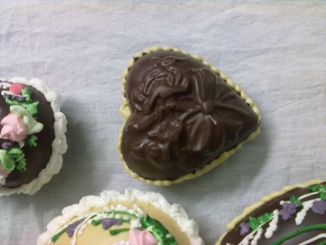صور شكولاتة على شكل بيض رائعة huevos de chocolate para estas pascuas 190320111290