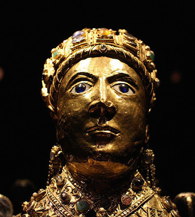 Head (detail), Reliquary statue of Sainte-Foy (Saint Faith), late 10th to early 11th century with later additions, gold, silver gilt, jewels, and cameos over a wooden core, 33 1/2 inches (Treasury, Sainte-Foy, Conques), photo: Holly Hayes (CC BY-NC 2.0)