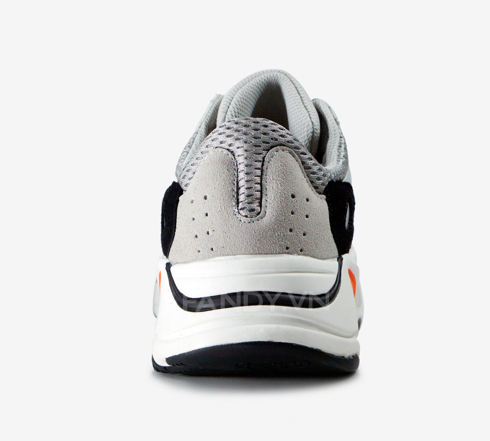 Khám phá đôi giày mới của yeezy