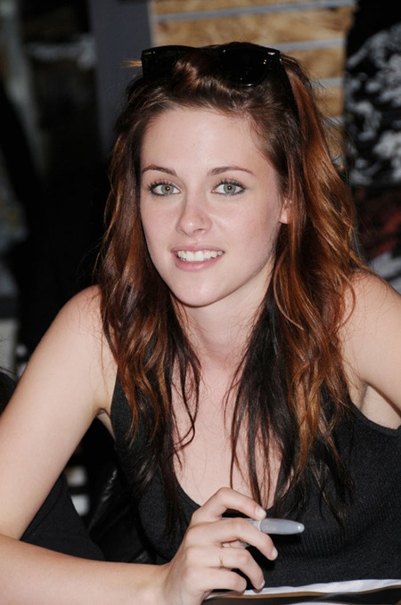 Kristen_stewart_New_and_Hot_9