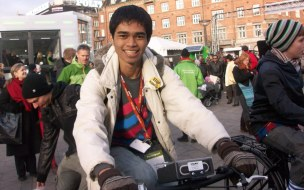 Yangki Suara riding a bicycle in Copenhagen City